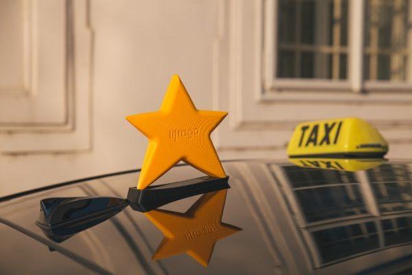 Aj taxíky môžu znížiť zápchy v meste