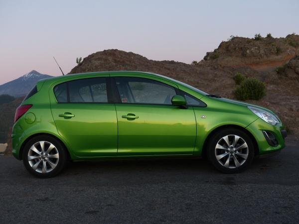 Pneumatiky s rozmermi 14 palcov sú určené najmä pre malé vozidlá, ako je napríklad Opel Corsa.