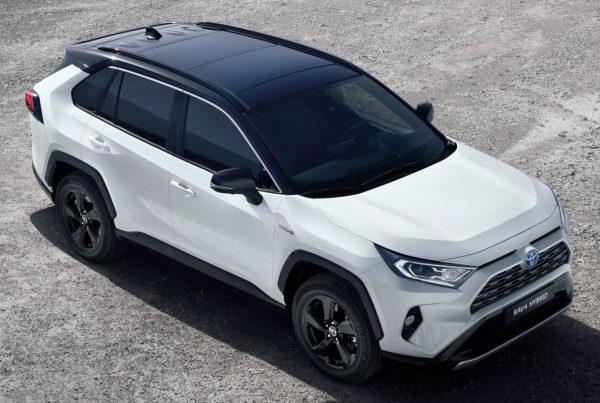 Nová hybridná Toyota Rav 4