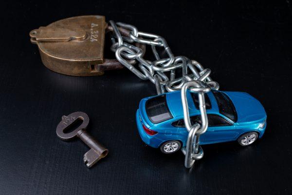 Ako účinne chrániť auto pred poškodením a odcudzením?